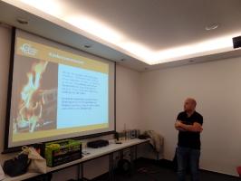 Herr Weidensee informiert über Brandmelder für Hörgeschädigte_5